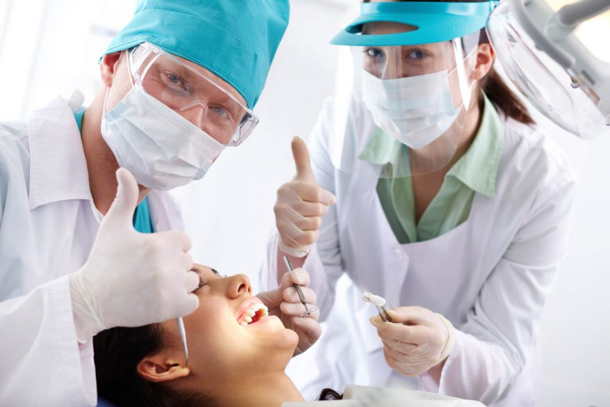 where is the best dentist near fiu?