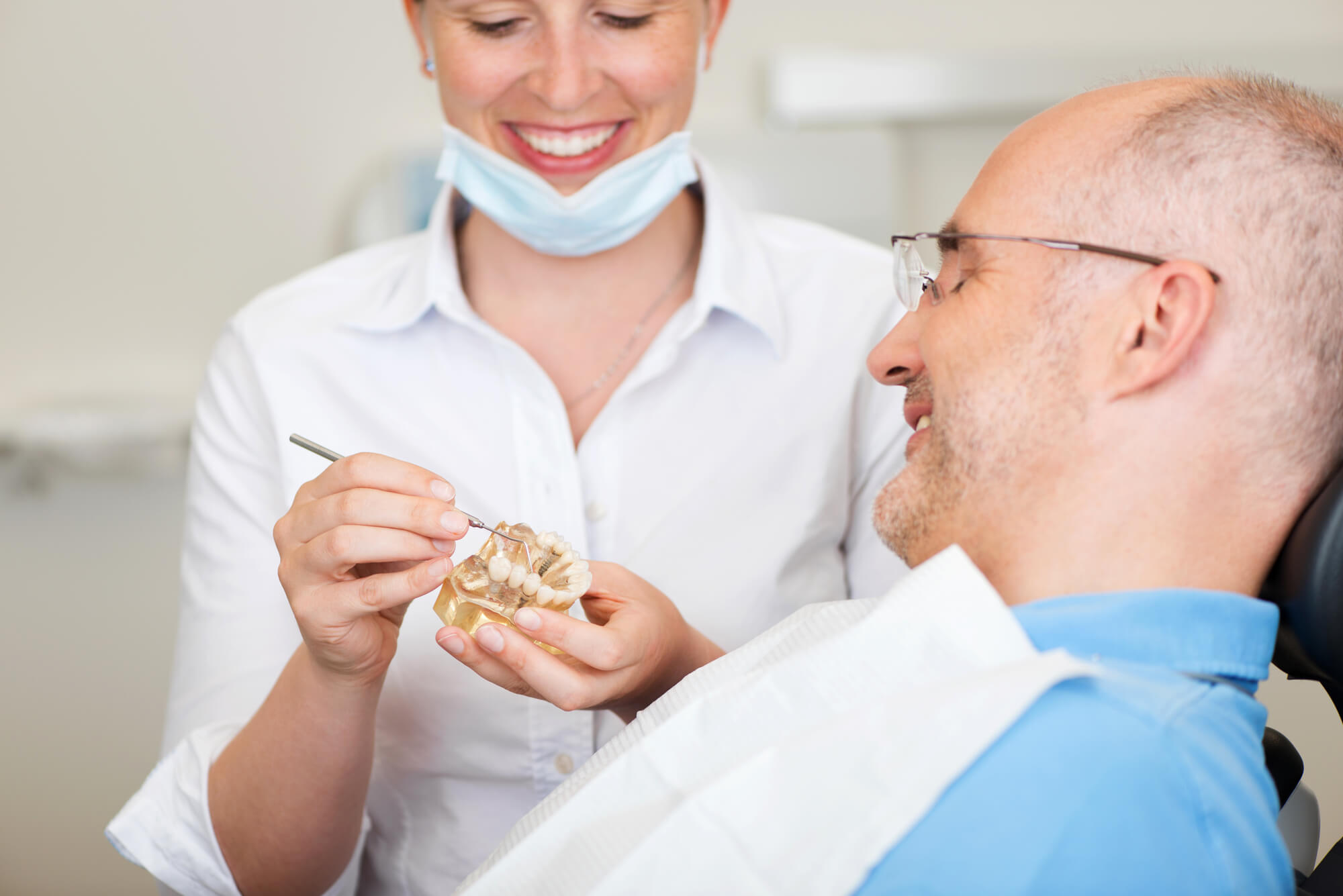 where is the best periodontics miami?
