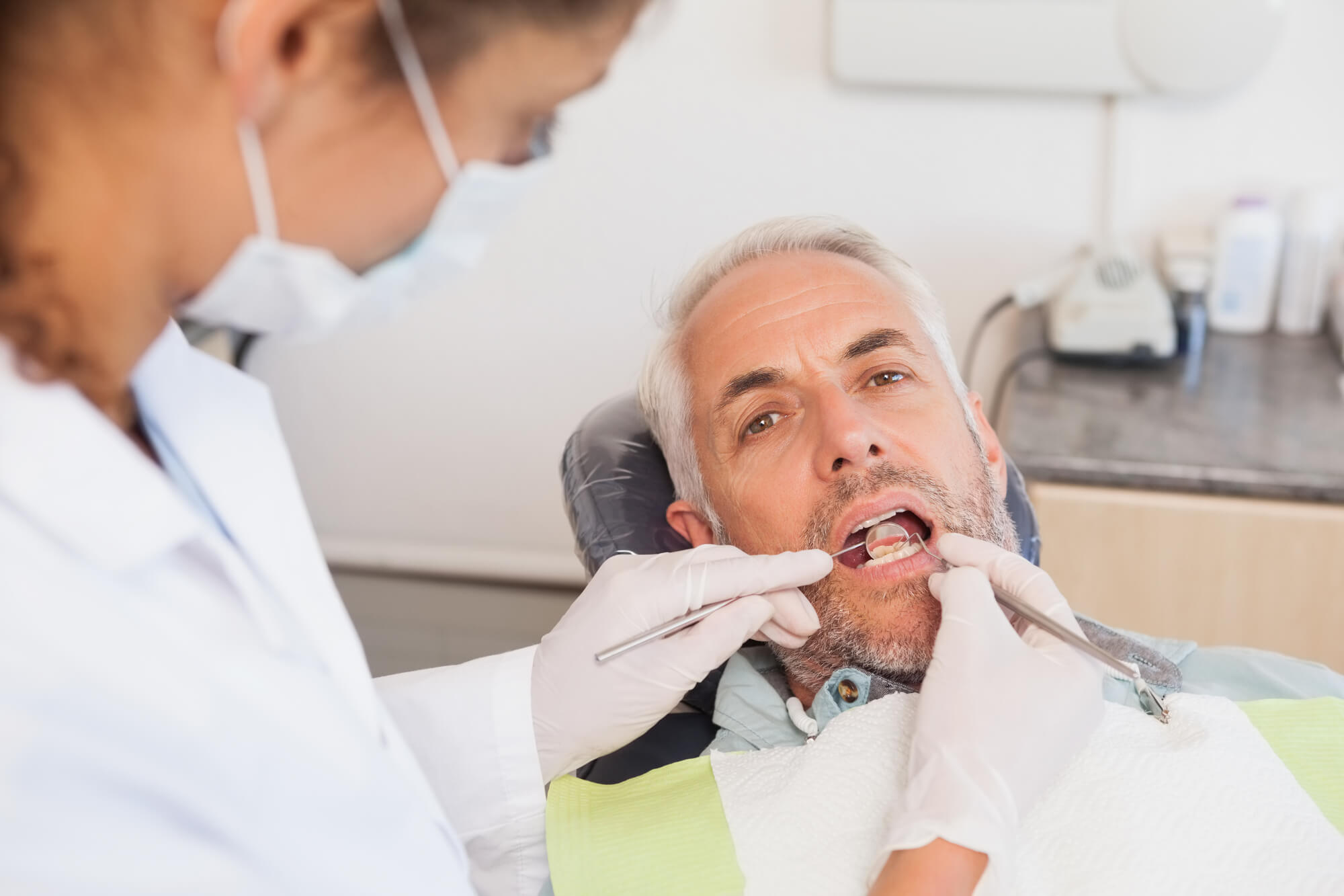 where is the best place to get periodontics miami?